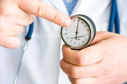 I benefici del cardamomo sulla pressione arteriosa.
