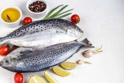 Pesce nelle diete raccomandate dalla scienza.