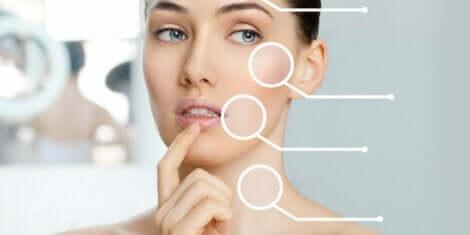 Punti critici dell'invecchiamento nel viso femminile.