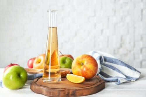 Consumo eccessivo di aceto di mele: effetti indesiderati