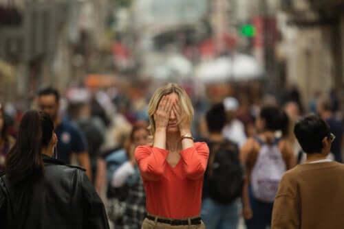 Agorafobia: quali sono i sintomi?