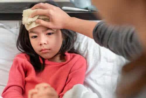 Rimedi per abbassare la febbre nei bambini e negli adulti