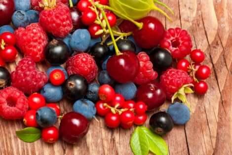 Frutti rossi in estate.
