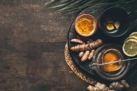 Benefici della tisana alla curcuma e ricetta.