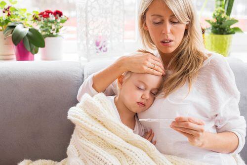 Rimedi per abbassare la febbre nei bambini.