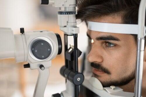 Retinite pigmentosa: cause, diagnosi e trattamento