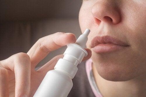 Soluzione fisiologica per liberare il naso.