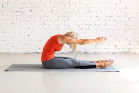 Stretching della colonna vertebrale.