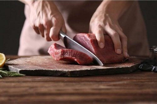 La dieta carnivora: in cosa consiste?