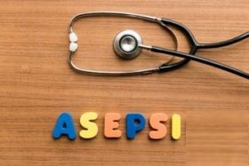 Tecniche asettiche per la cura dei pazienti