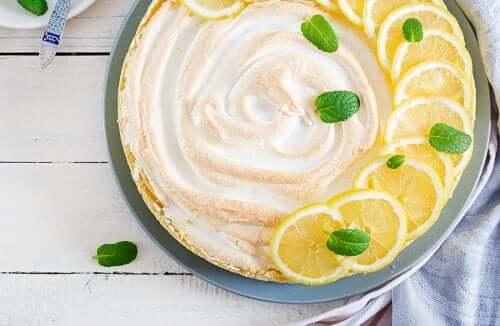 Crostata meringata al limone senza glutine e senza lattosio