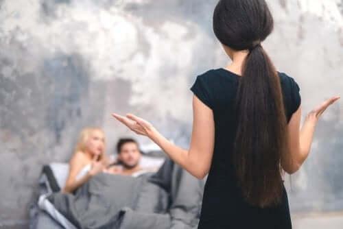 Non perdonare un tradimento: 5 motivi