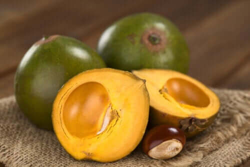 La lucuma: quali sono i benefici di questo frutto?
