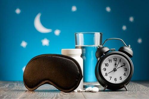 Benefici della melatonina sul sonno.