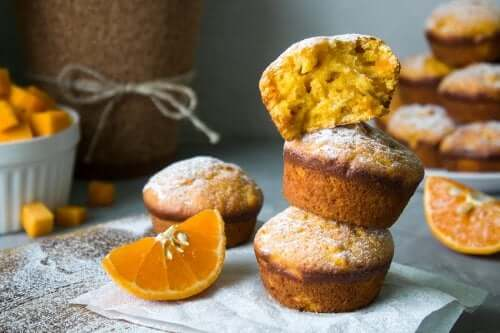 Muffin all'arancia soffici e deliziosi