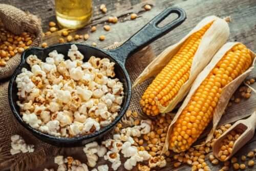 Preparare i popcorn con una semplice ricetta
