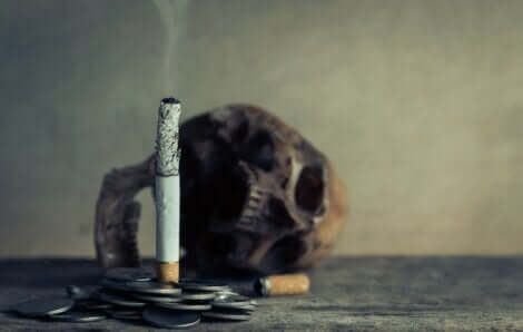 Il tabagismo è un fattore di rischio di essere colpiti da ictus.