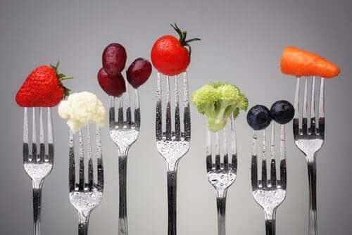 Alimentazione corretta come trattamento per l'obesità.