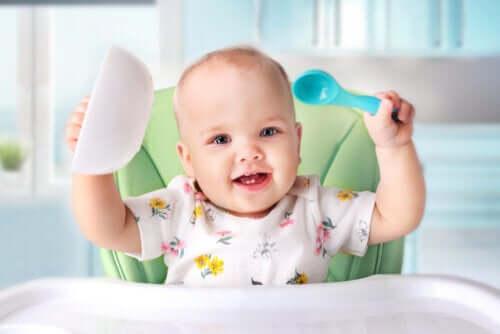 Cibi solidi nella dieta del neonato: quando?