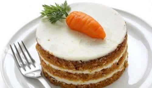Torta di carote facile da preparare in casa.