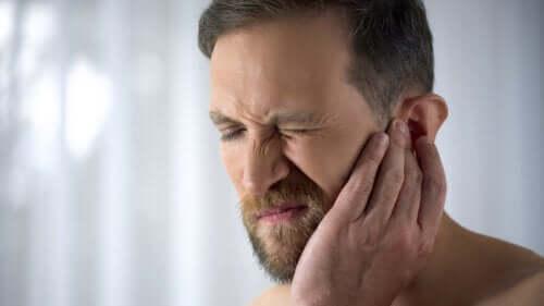 Otite e mal d'orecchio: rimedi naturali