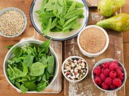 Come aumentare il consumo di fibre tramite la dieta.