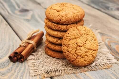 Biscotti alla cannella: 2 semplici ricette