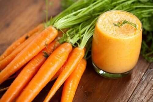 Smoothie alle carote e benefici per la salute