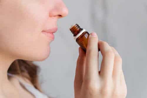 Aromaterapia per calmare i dolori mestruali?