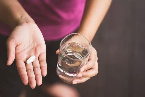 Paracetamolo tra i farmaci durante l'allattamento.
