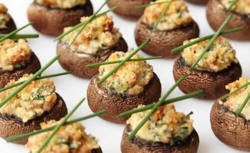Funghi champignon ripieni.
