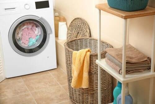 Eliminare l'odore di umidità dagli asciugamani