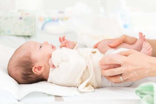 Dislocazione congenita dell'anca nei neonati