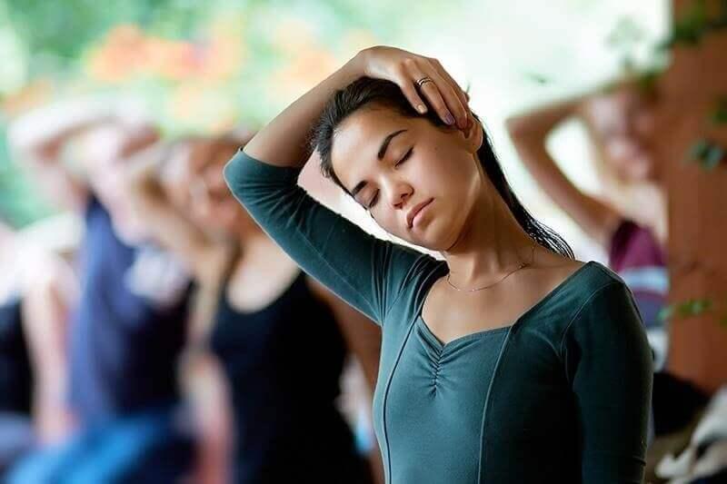 Stretching del collo.