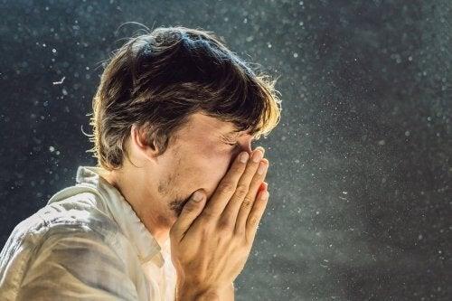 Allergia agli acari: evitarla con 4 accorgimenti