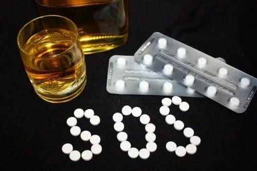 Alcol e benzodiazepine.