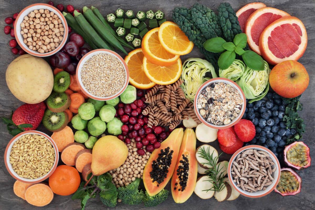 Frutta e verdura per una dieta varia.