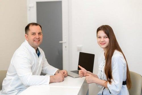 Motivo di consulto medico durante la adolescenza.