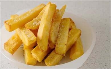 Acrilammide presente nelle patatine fritte.