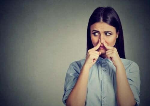 Fantosmia: a cosa si devono le allucinazioni olfattive?