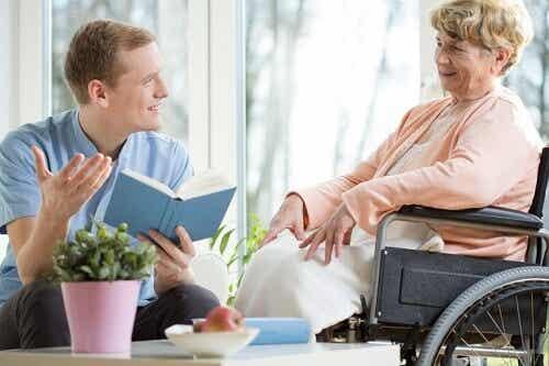 Accompagnare nella vecchiaia: utili consigli