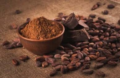 Il cacao tra gli alimenti che creano dipendenza.