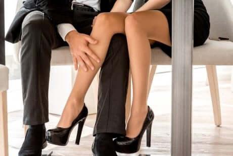 Sogno erotico in ufficio.