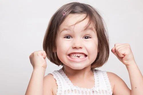 Denti da latte: tutto quello che c'è da sapere