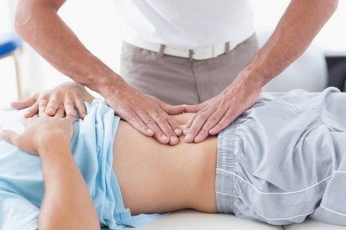 Diastasi addominale: cos'è e come trattarla