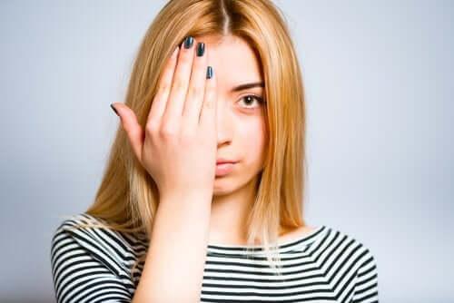Occhio pigro: cos'è e come correggerlo?
