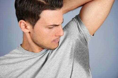 Iperidrosi: cause, sintomi e trattamento