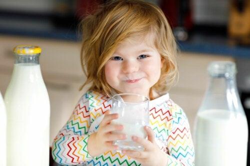 Dare il latte di capra al bambino è salutare?