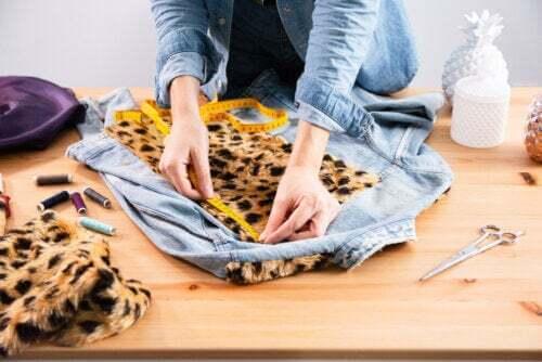 Personalizzare i vestiti: semplici idee