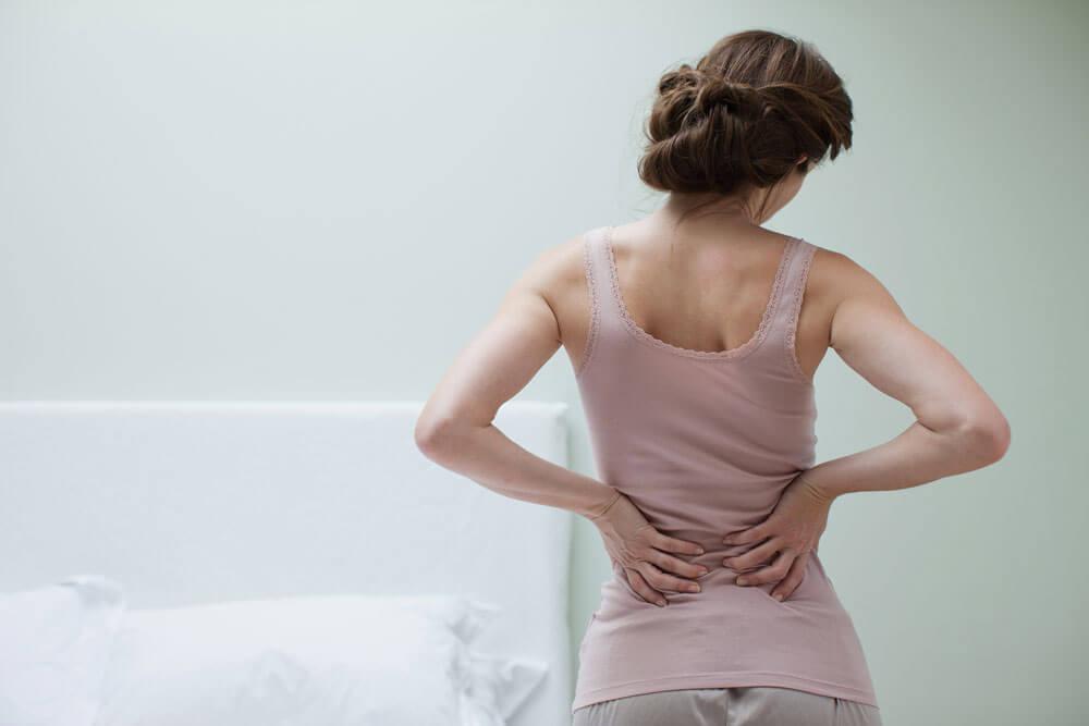Donna con fibromialgia.